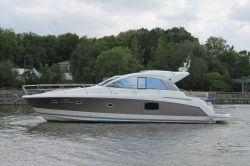 Jeanneau Prestige 42S, Motor Yacht  for sale by Jachtmakelaardij Kappers