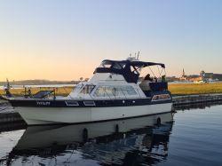 Broom Powles 37 Flybridge Cruiser, Motor Yacht  for sale by Jachtmakelaardij Kappers