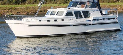 Babro Kruiser 13.40, Motorjacht Babro Kruiser 13.40 te koop bij Jachtmakelaardij Kappers