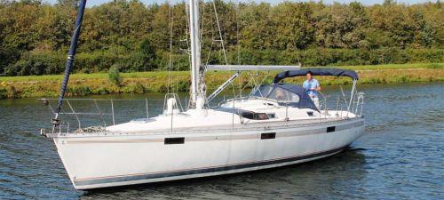 Beneteau OCEANIS 390, Zeiljacht  for sale by Jachtmakelaardij Kappers