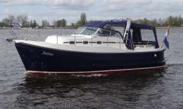 Kent 28 Launch Soft Top, Motor Yacht Kent 28 Launch Soft Top for sale by Jachtbemiddeling van der Veen - Terherne