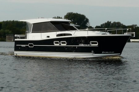 Delphia Escape 1050, Motor Yacht Delphia Escape 1050 for sale at Jachtbemiddeling van der Veen - Terherne