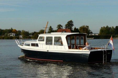 Pikmeerkruiser 1050 OK, Motor Yacht Pikmeerkruiser 1050 OK for sale at Jachtbemiddeling van der Veen - Terherne