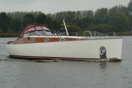 Smokkelaar 1220, Motorjacht Smokkelaar 1220 te koop bij Jachtbemiddeling van der Veen - Terherne