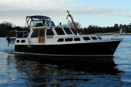 Waddenkruiser 1100 GSAK, Motorjacht Waddenkruiser 1100 GSAK te koop bij Jachtbemiddeling van der Veen - Terherne