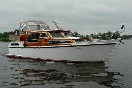 Lowland Fantasia DS, Motorjacht Lowland Fantasia DS te koop bij Jachtbemiddeling van der Veen - Terherne