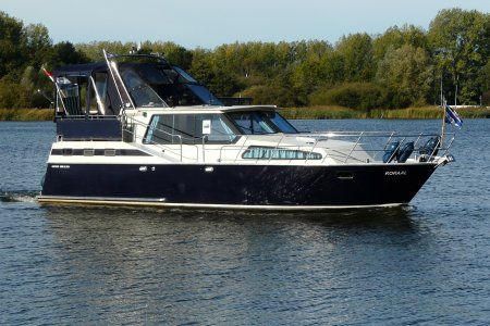 Succes 108 Ultra, Motorjacht Succes 108 Ultra te koop bij Jachtbemiddeling van der Veen - Terherne