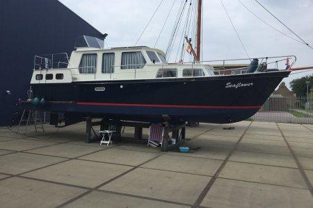 Ten Broeke kruiser 1080 AK, Motorjacht Ten Broeke kruiser 1080 AK te koop bij Jachtbemiddeling van der Veen - Terherne