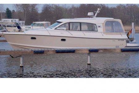 Nimbus 365, Motorjacht Nimbus 365 te koop bij Jachtbemiddeling van der Veen - Terherne