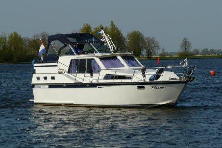 Succes 1050 SPORT, Motorjacht Succes 1050 SPORT te koop bij Jachtbemiddeling van der Veen - Terherne
