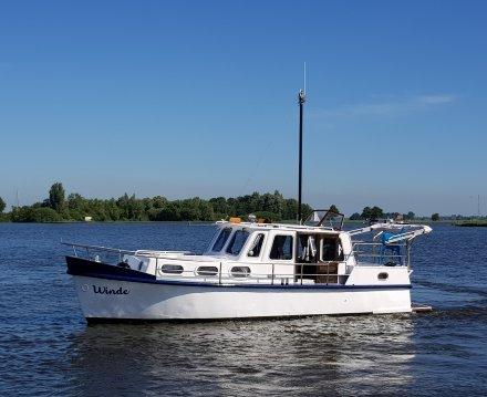 Ex Douaneboot 985, Motorjacht for sale by Jachtbemiddeling van der Veen