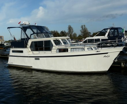 Hollandia 1000, Motorjacht for sale by Jachtbemiddeling van der Veen
