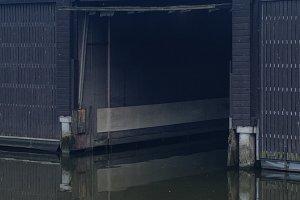 Boothuis / Schiphuis Onderdeel Van Een Groter Complex, Woonboot  - Jachtbemiddeling van der Veen