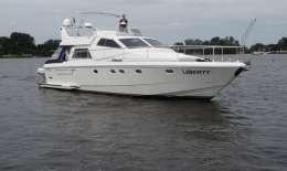 Ferretti 52 S Altura, Motor Yacht Ferretti 52 S Altura for sale by Jachtbemiddeling van der Veen - Terherne