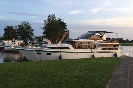 Valk Content 1260, Motorjacht Valk Content 1260 te koop bij Jachtbemiddeling van der Veen - Terherne