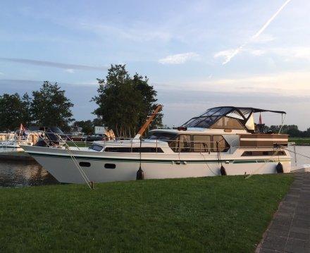Valk Content 1260, Motorjacht for sale by Jachtbemiddeling van der Veen