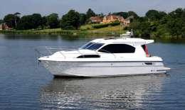 Haines Marine 32 Sedan, Motor Yacht Haines Marine 32 Sedan for sale by Jachtbemiddeling van der Veen - Terherne