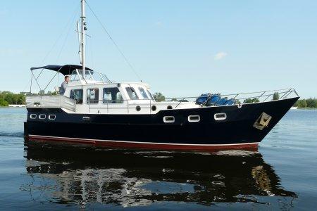 Valkkruiser 1150 Type Remba, Motorjacht Valkkruiser 1150 Type Remba te koop bij Jachtbemiddeling van der Veen - Terherne