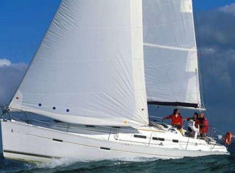 Beneteau Oceanis 373 Clipper, Voilier  for sale by NAUTIS