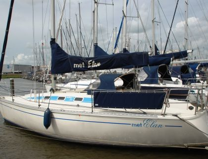 Elan 31, Zeiljacht  for sale by Jachtmakelaardij Lemmer Nautic
