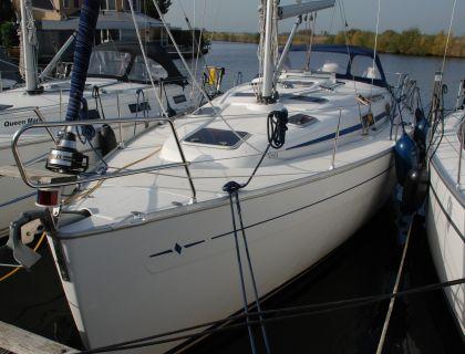 Bavaria 37-3, Segelyacht  for sale by Jachtmakelaardij Lemmer Nautic