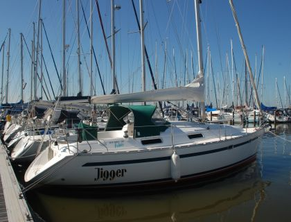 Bavaria 32 Holiday, Sailing Yacht  for sale by Jachtmakelaardij Lemmer Nautic