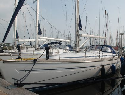 Bavaria 44-4 Cruiser, Sailing Yacht  for sale by Jachtmakelaardij Lemmer Nautic
