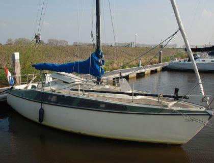 Bavaria 808, Segelyacht  for sale by Jachtmakelaardij Lemmer Nautic