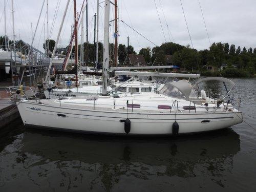 Bavaria 39 Cruiser, Zeiljacht  for sale by Nautisch Kwartier Stavoren