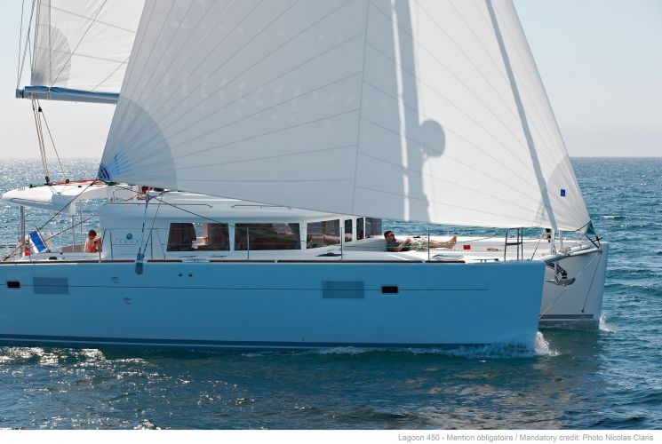 Lagoon 450 F, Multihull zeilboot  for sale by Nautisch Kwartier Stavoren