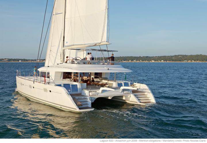 Lagoon 620, Multihull zeilboot  for sale by Nautisch Kwartier Stavoren