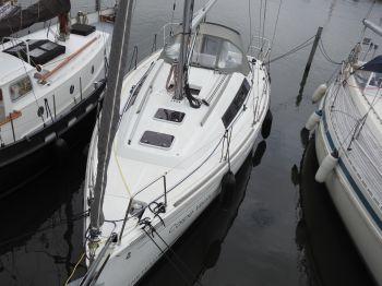 Beneteau Oceanis 31, Zeiljacht  for sale by Nautisch Kwartier Stavoren
