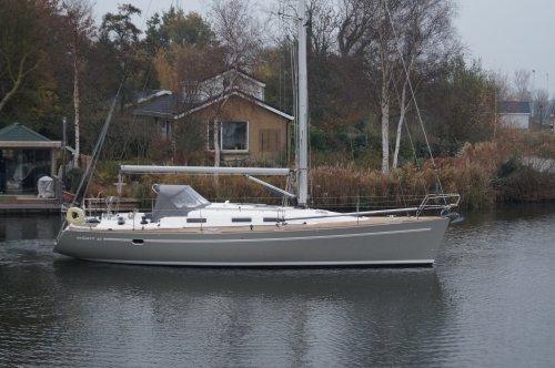 Elan 40, Zeiljacht  for sale by Nautisch Kwartier Stavoren
