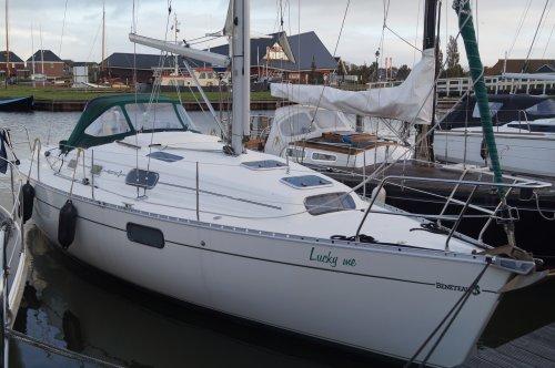 Beneteau Oceanis 321, Zeiljacht  for sale by Nautisch Kwartier Stavoren