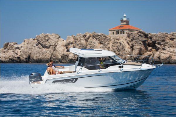 , Speedboat und Cruiser  for sale by Nautisch Kwartier Stavoren