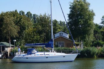 Bavaria 37 Exclusive Line, Zeiljacht  for sale by Nautisch Kwartier Stavoren