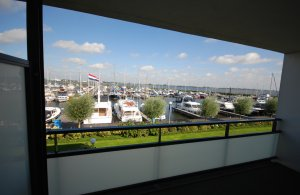 , Woonboot  for sale by Kempers Watersport