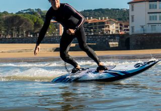 Onean Carver Electric Surfboard, Speed- en sportboten  for sale by Kempers Watersport