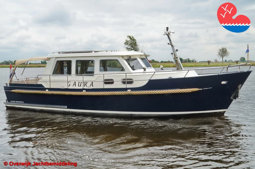 Motorjacht, De Drait Bravoure 34, in bemiddeling bij Overwijk Jachtbemiddeling