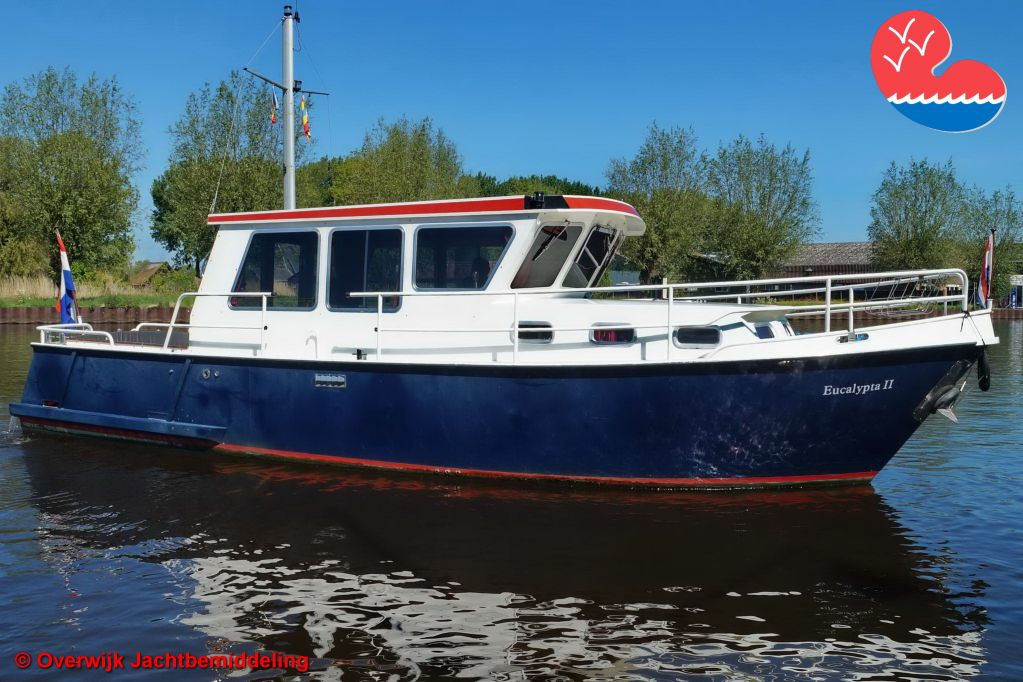 Motorjacht,Intership Fisherman 980 OK, in bemiddeling bijOverwijk Jachtbemiddeling