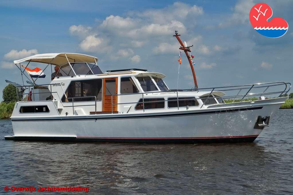 Motorjacht,Tjeukemeer 1120 AK, in bemiddeling bijOverwijk Jachtbemiddeling