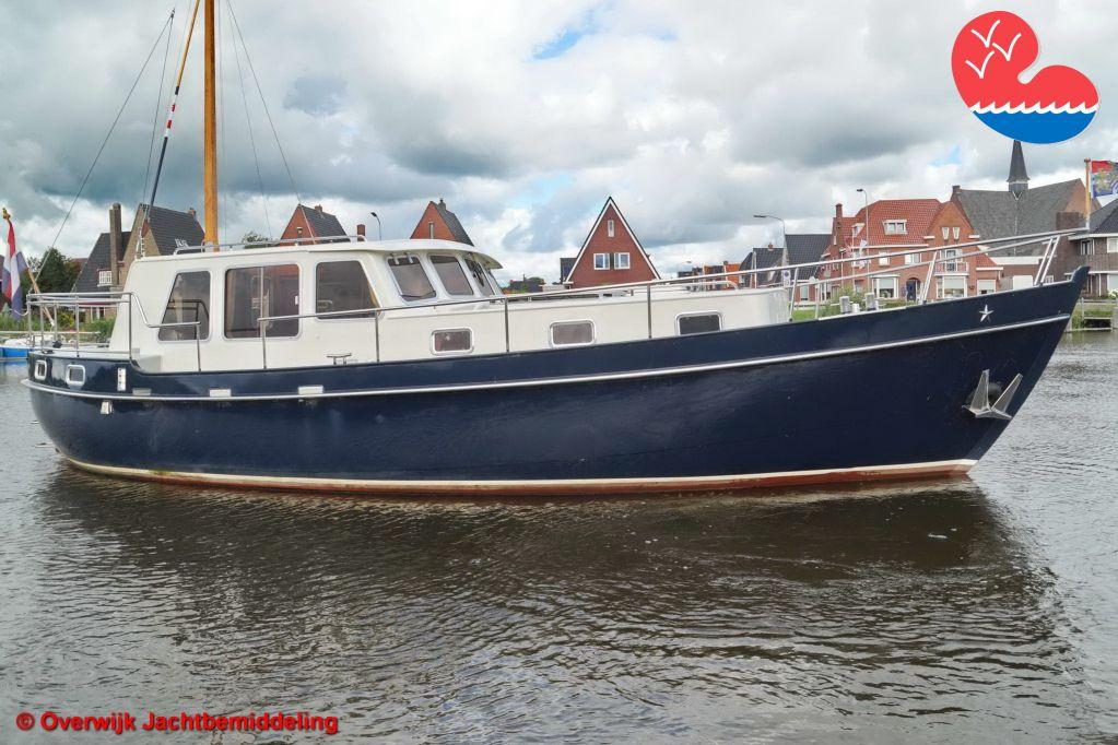 Motorjacht,Danish Rose 37 Mk, in bemiddeling bijOverwijk Jachtbemiddeling
