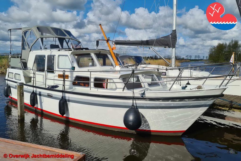 Motorjacht,Aquanaut Beauty 1000 AK, in bemiddeling bijOverwijk Jachtbemiddeling