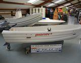 Pioner 10, Speed- en sportboten Pioner 10 hirdető:  Holland Sport Boat Centre