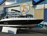 Bayliner Element XL, Hastighetsbåt och sportkryssare