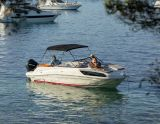 Bayliner VR6 Cuddy, Speedboat and sport cruiser Bayliner VR6 Cuddy for sale by Holland Sport Boat Centre