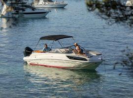 Bayliner VR6 Cuddy, Hastighetsbåt och sportkryssare  Bayliner VR6 Cuddysäljs avHolland Sport Boat Centre