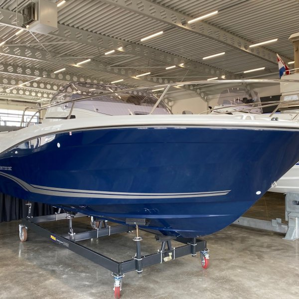 "Jeanneau Cap Camarat 6.5 WA Serie 3 ""NEW - ON DISPLAY MODEL 2021"", Speedboat und Cruiser for sale by JONKERS YACHTS B.V."