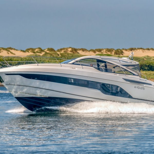 "Fairline Targa 45 Open ""NEW - ON DISPLAY"" - MODEL 2021, Motoryacht for sale by JONKERS YACHTS B.V."