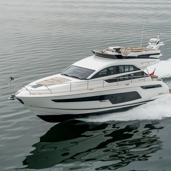 "Fairline Squadron 50 ""NEW - ON DISPLAY"" - MODEL 2021, Motorjacht for sale by JONKERS YACHTS B.V."